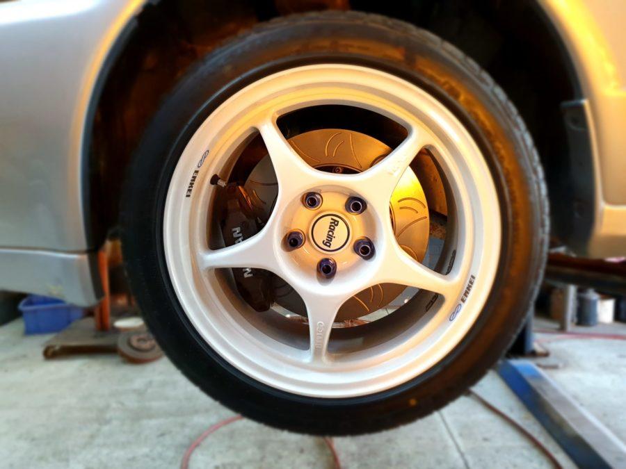 V2 R32 GTR